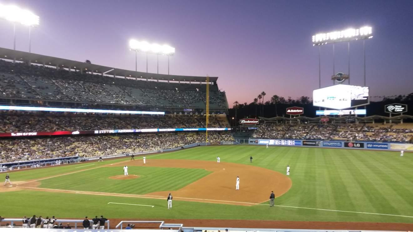 14. Tag Los Angeles